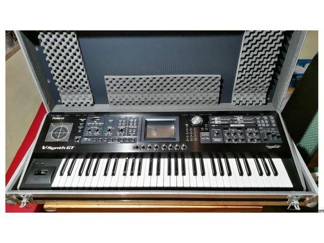 Sintetizador Roland V-Synth GT