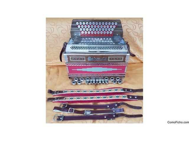 Hermosa Steierisches Harmonica E-A-D-G acordeón con billete de 94 'y maleta