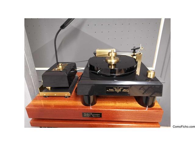 Walker Audio The Proscenium Black Diamond V Turntable + Rack
