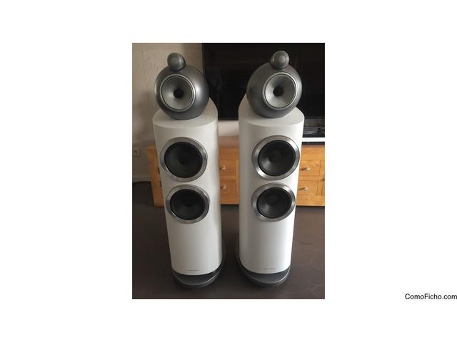 B&W 803 D3 White Speakers