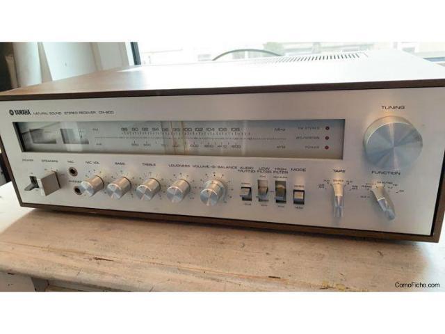 Receptor Yamaha CR 800. (AM / FM) Año 1974