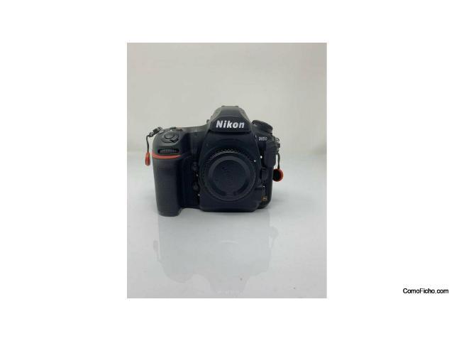 Cámara Nikon D850 en perfecto estado en venta
